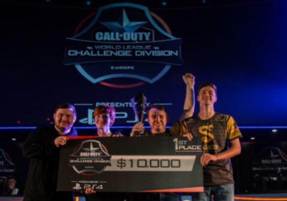 Splyce wins the Gfinity CWL Summer Masters 2016.