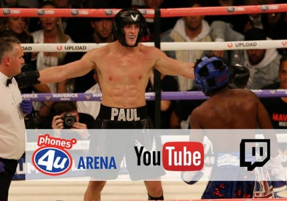 KSI and Paul fighting at the Manchester Arena