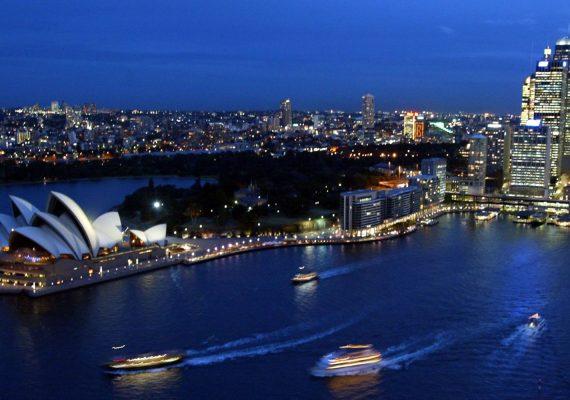 Iconic view over Sydney