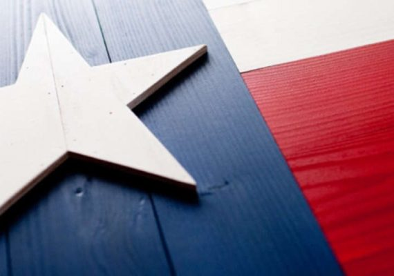 Woodwork colored in Texas' flag colors.